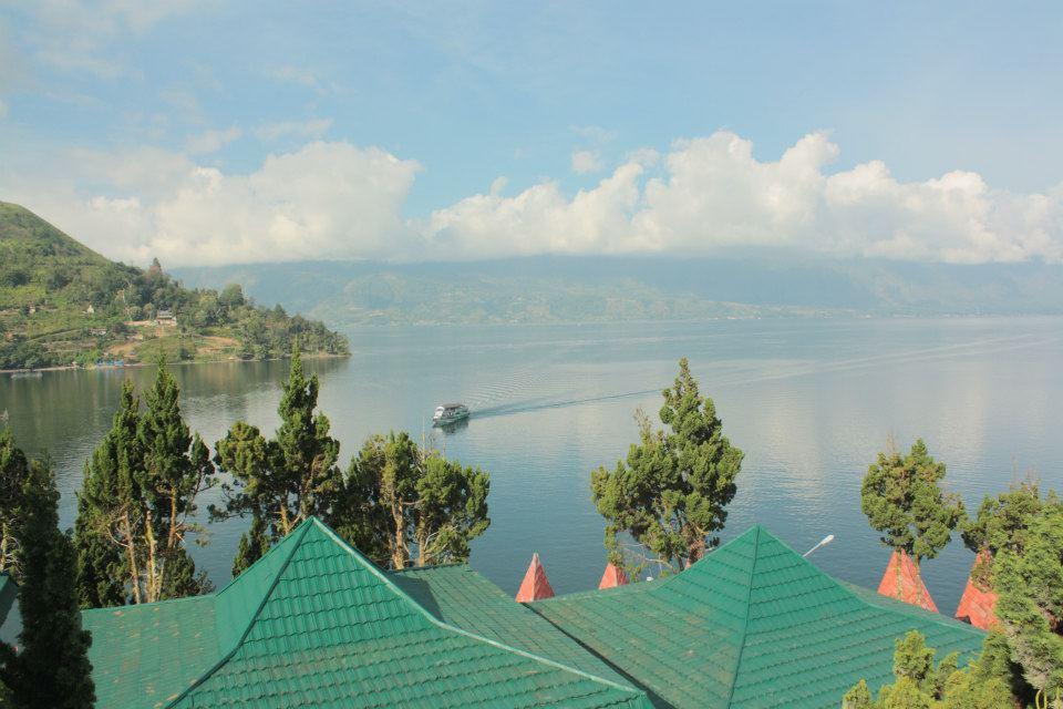 danau lake toba sumatra