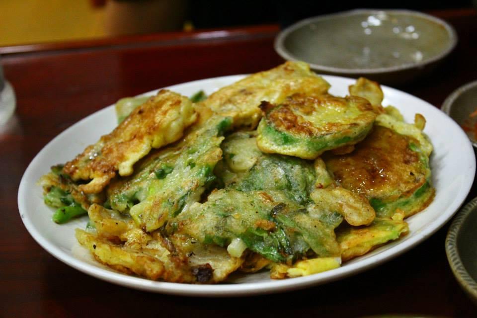 stir fry bukchon hanok village restaurant