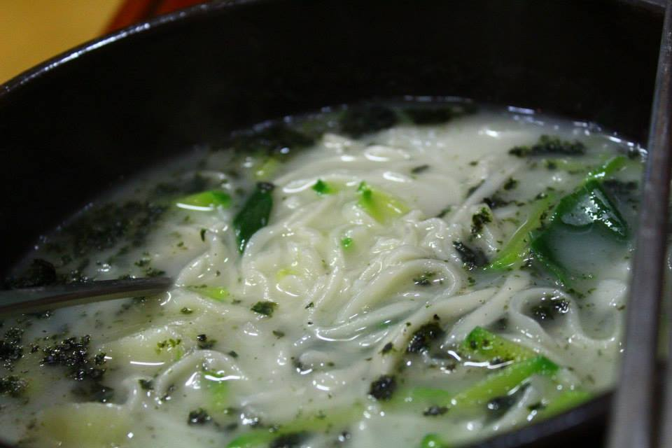 Makgeolli (막걸리) goes well with Kalguksu (칼국수) noodles, and almost anything