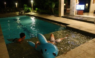 kelapa villa gili swimming pool
