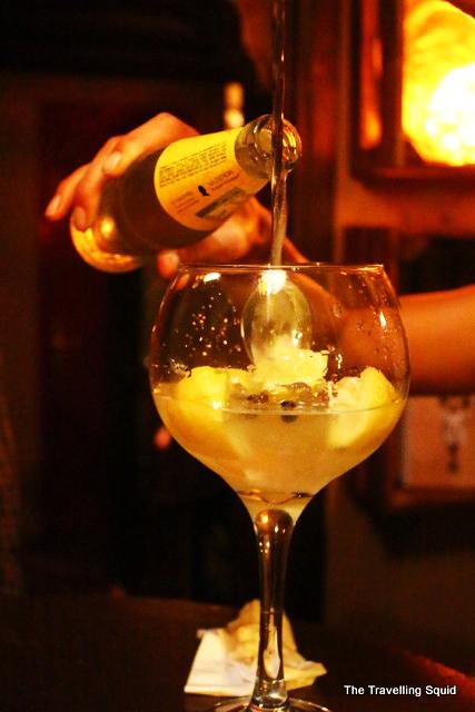 gin and tonic ziryab barcelona