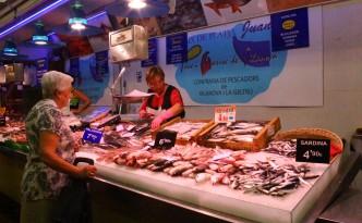 mercat st antoni barcelona