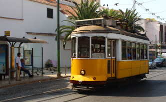 lisbon tram 28 stops