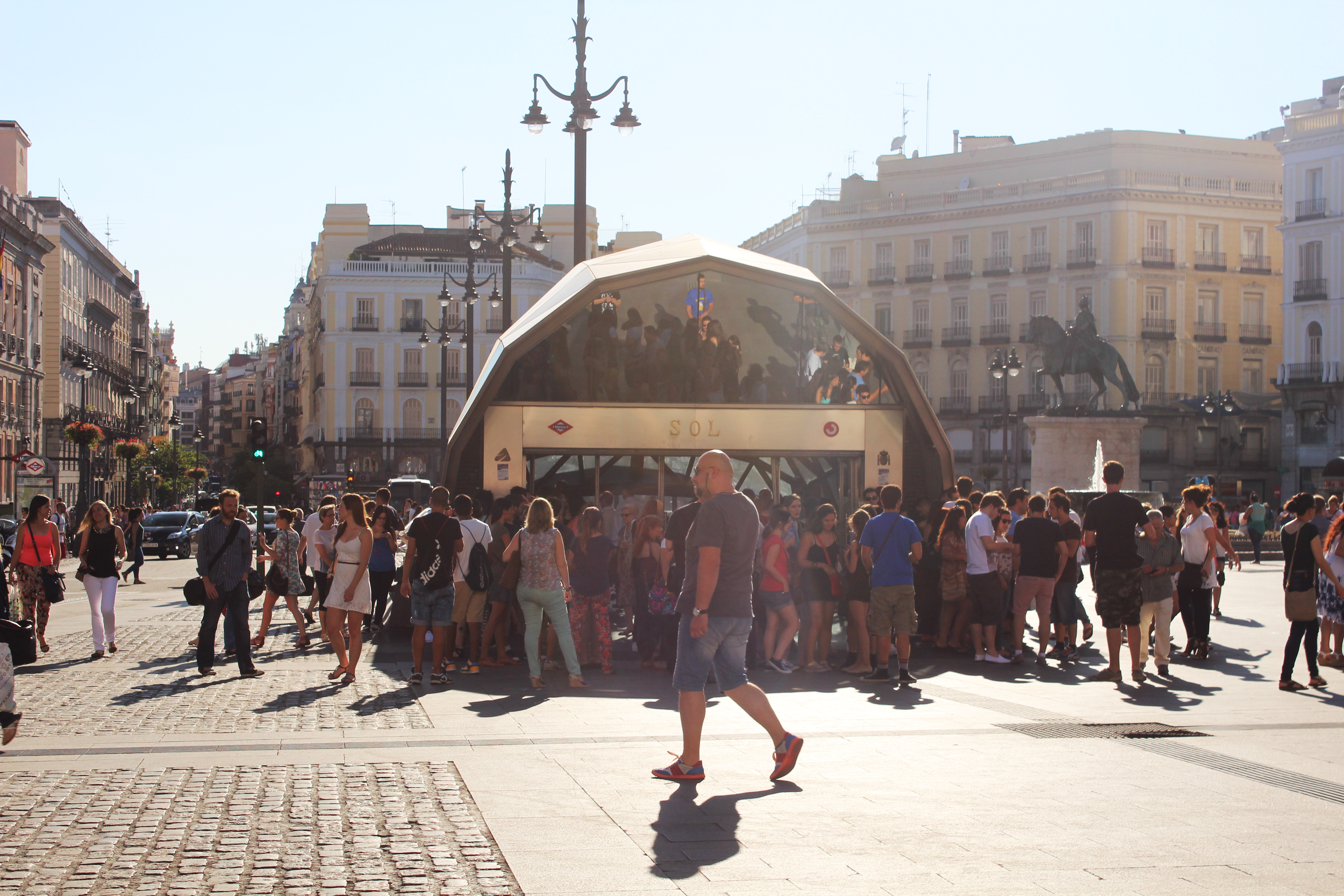 4 things to see in puerta del sol in madrid the for Madrid puerta sol