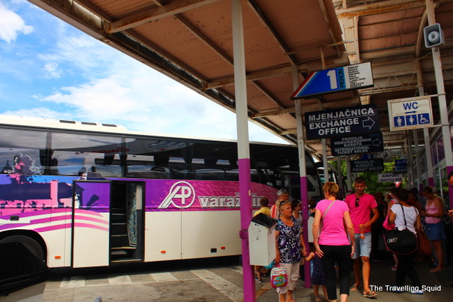 split to plitvice lakes by bus station
