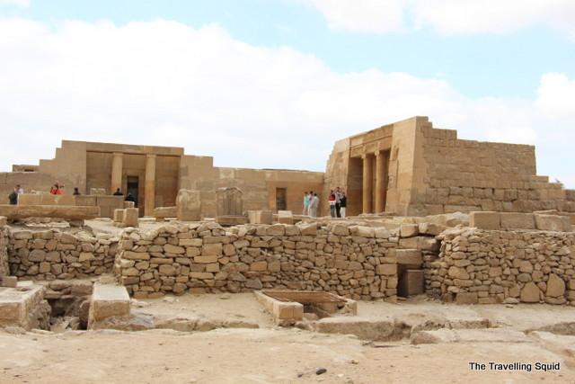 ruins pyramid of giza complex