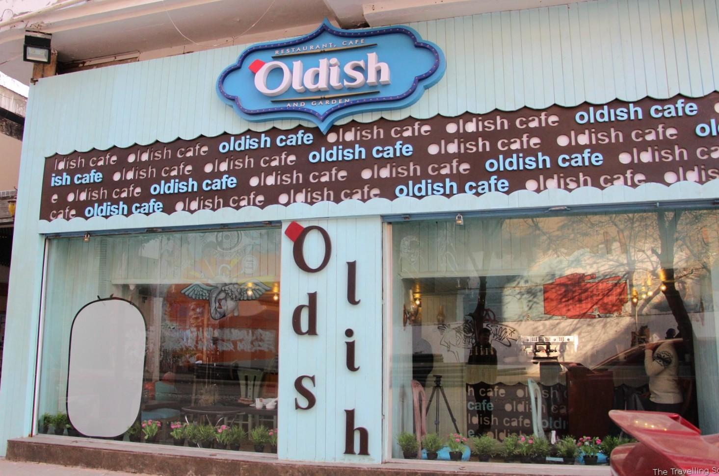 oldish cafe cairo