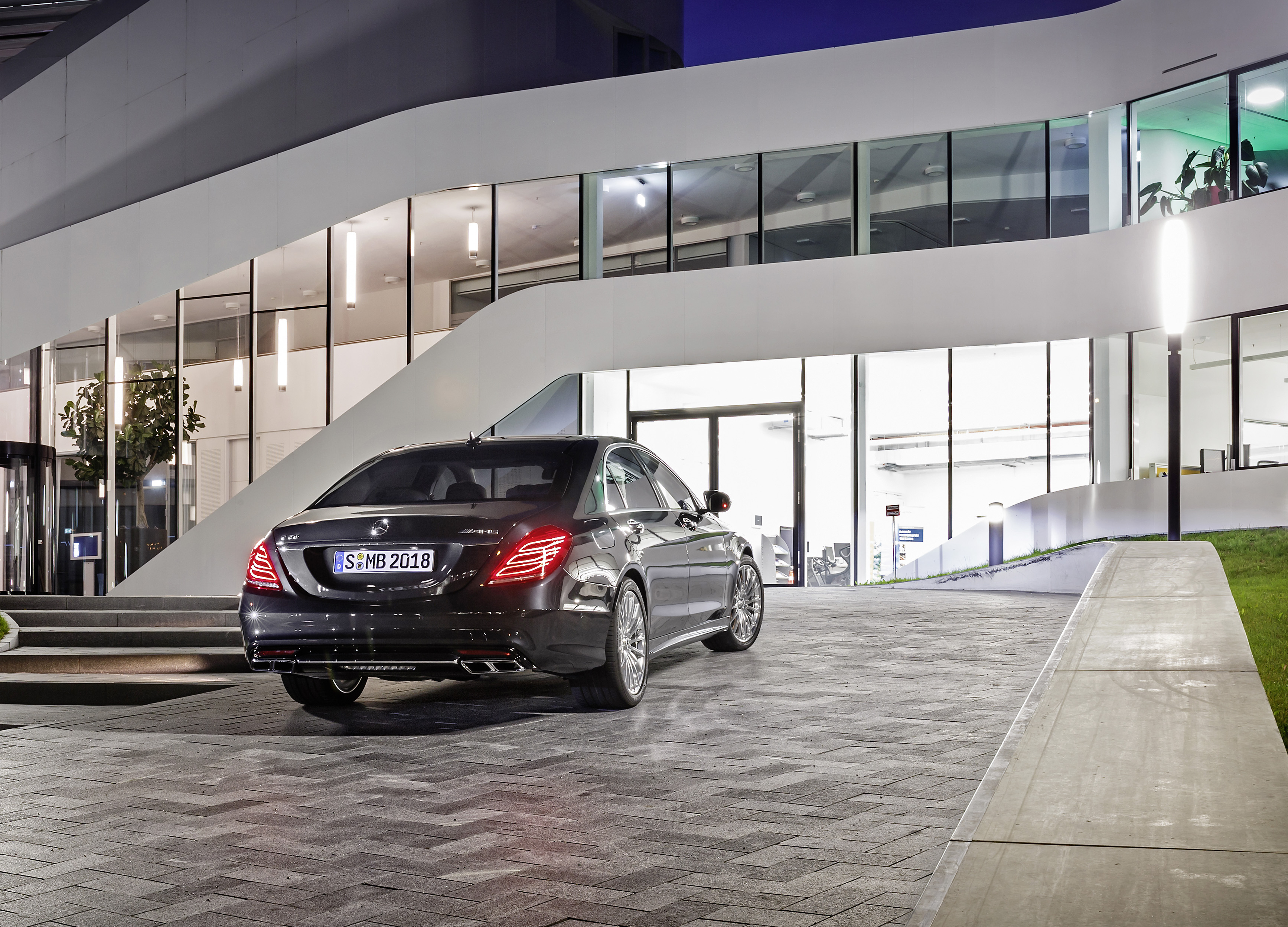 Blacklane Mercedes-Benz S 65