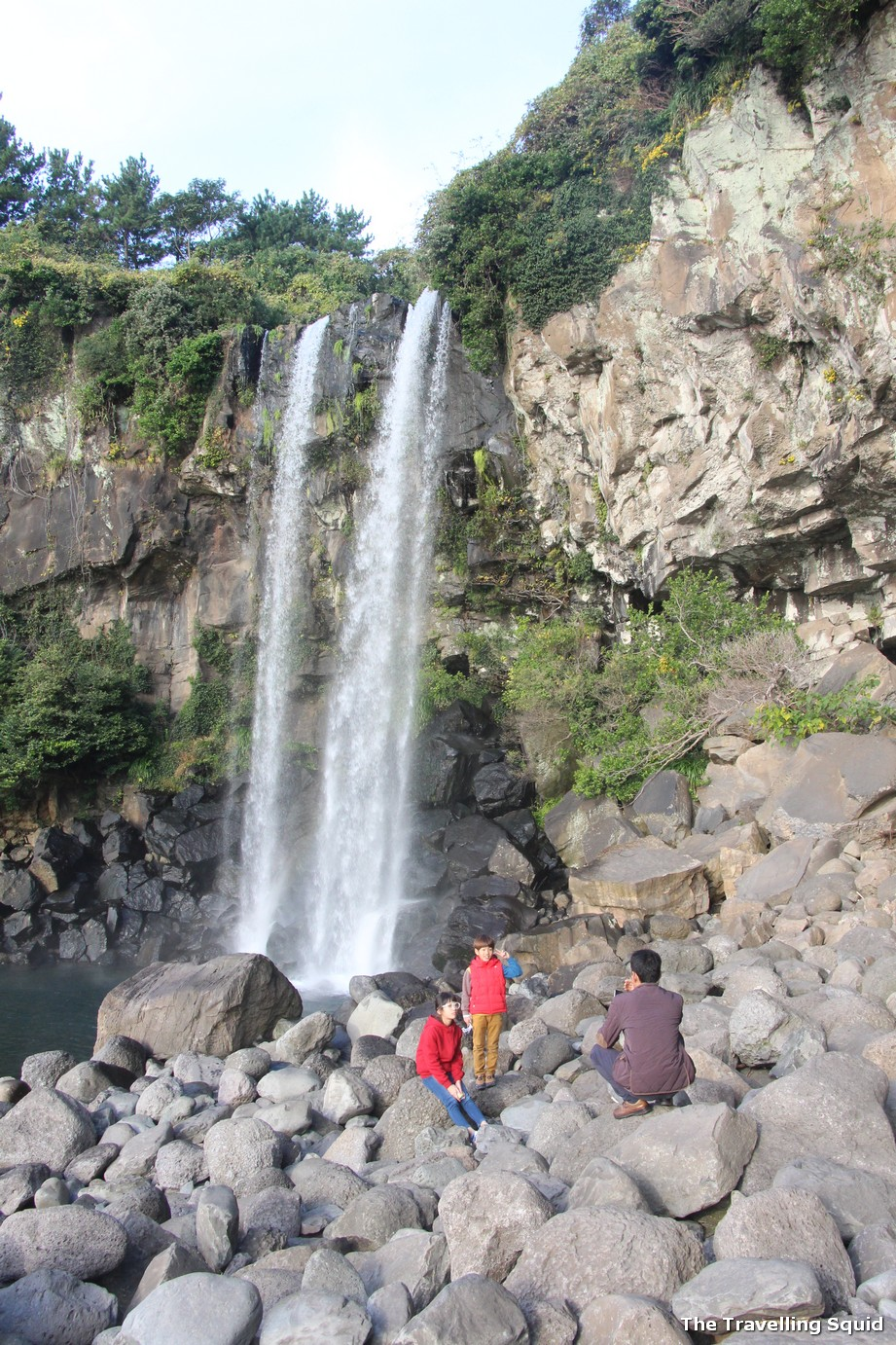 jeju jeongbang waterfall spend more time in Jeju or Seoul