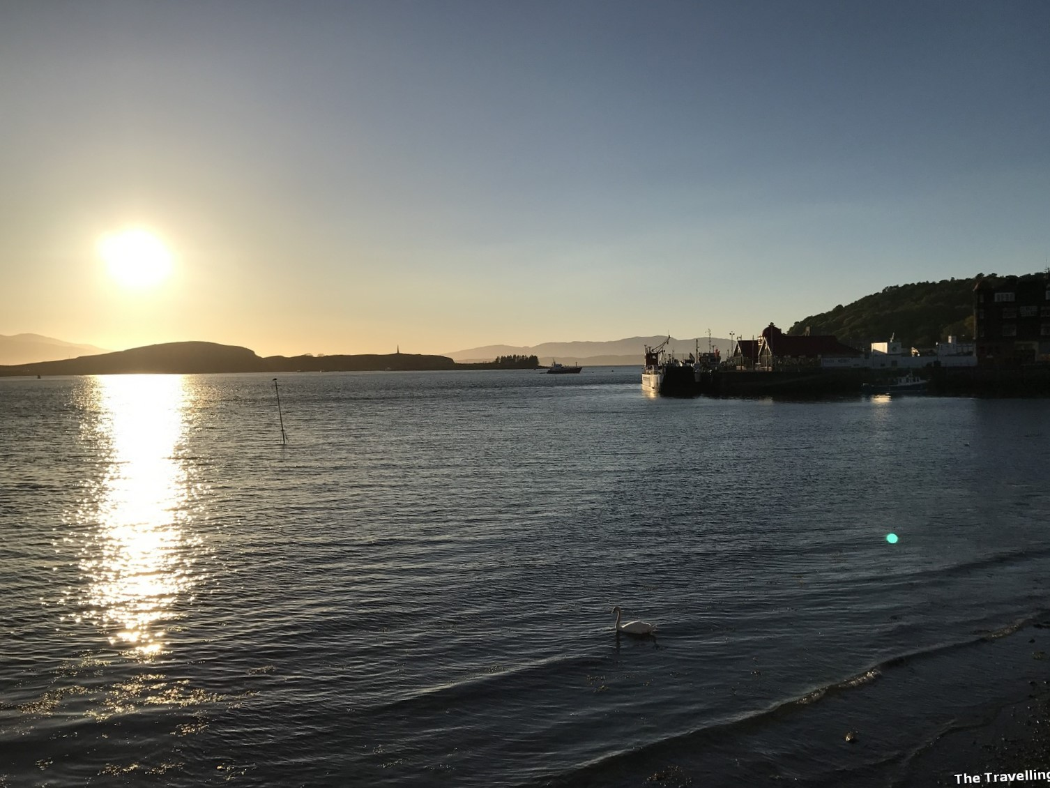 oneday itinerary in Oban sunset seaside town