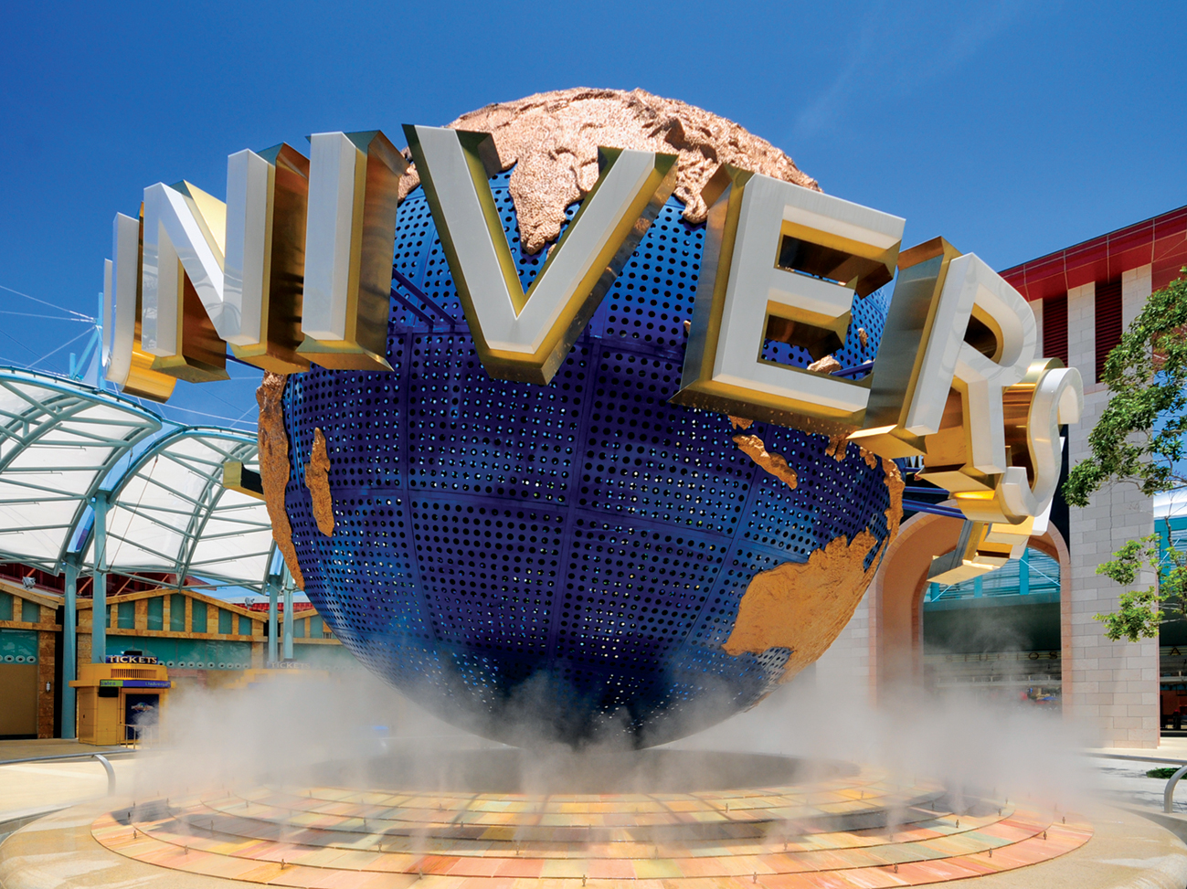 Universal Studios in Singapore worth going