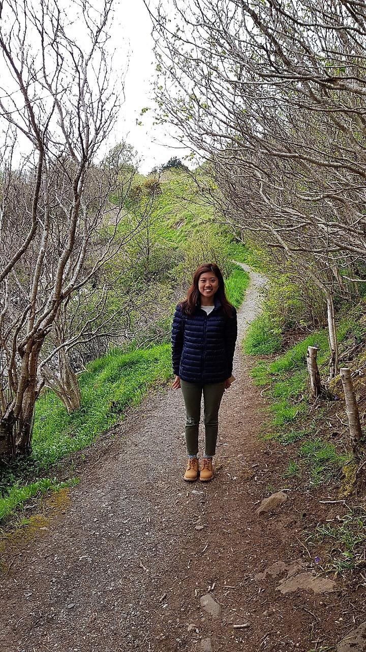 easy hiking trail around Portree