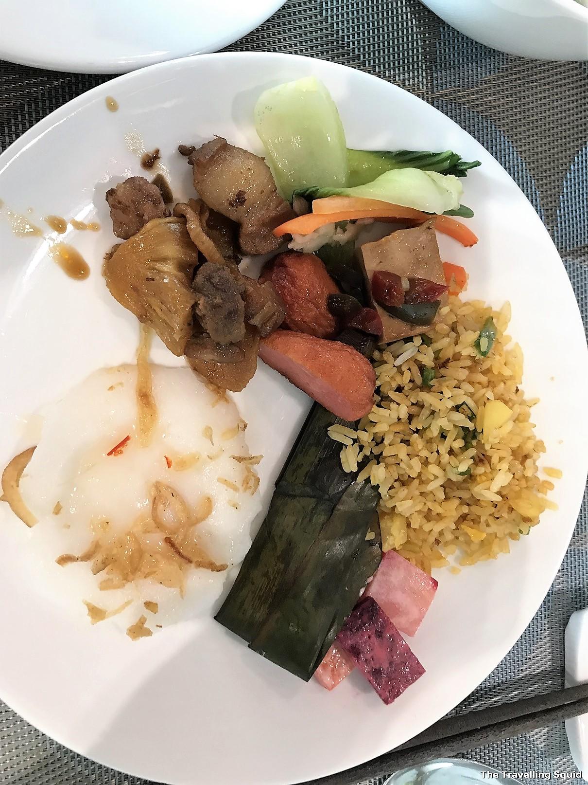 avora hotel danang breakfast