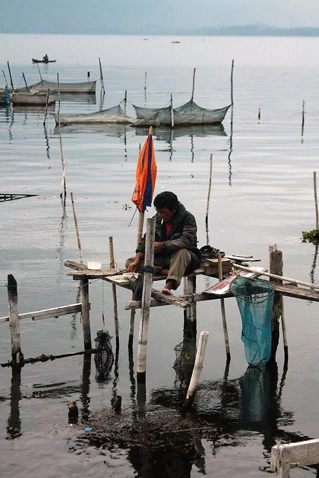 lake toba sumatra fishing parapat