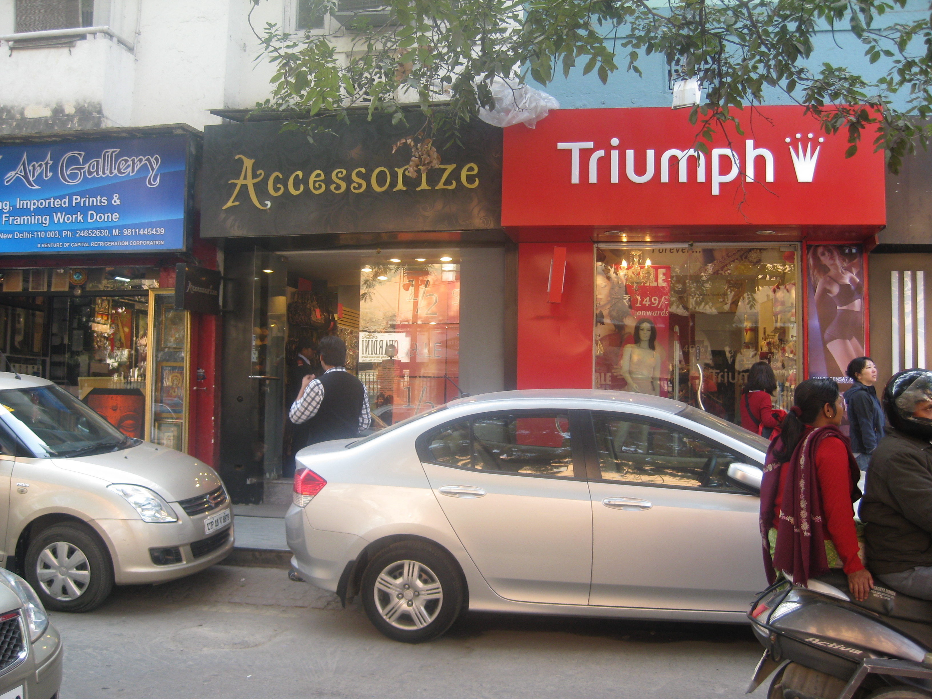 Khan market big brands