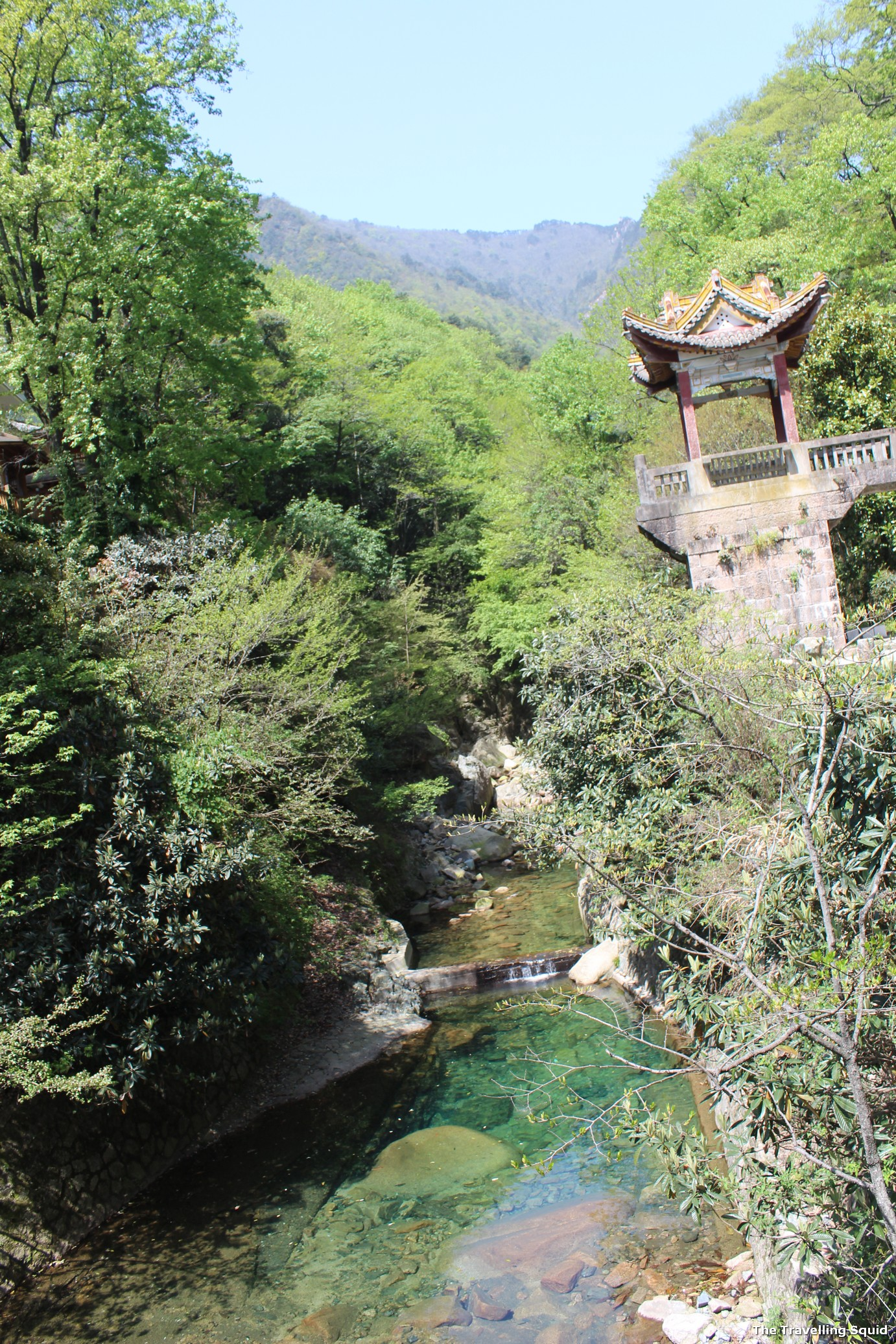 hot springs area mount huangshan
