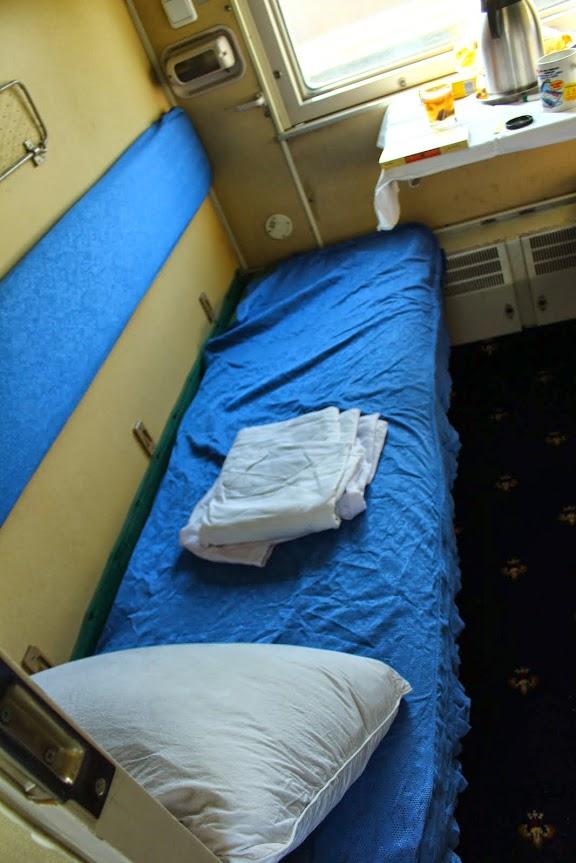 trans siberian second class cabin lower berth