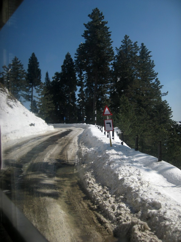 getting to gulmarg kashmir winter