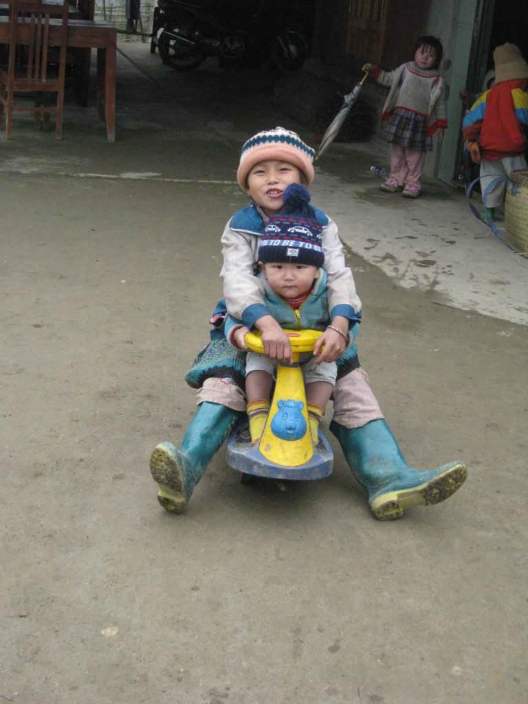 sapa minority tribe children