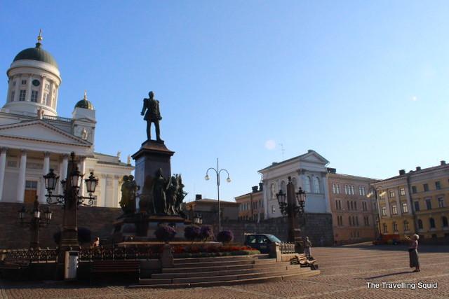 helsinki senate square alexander statue