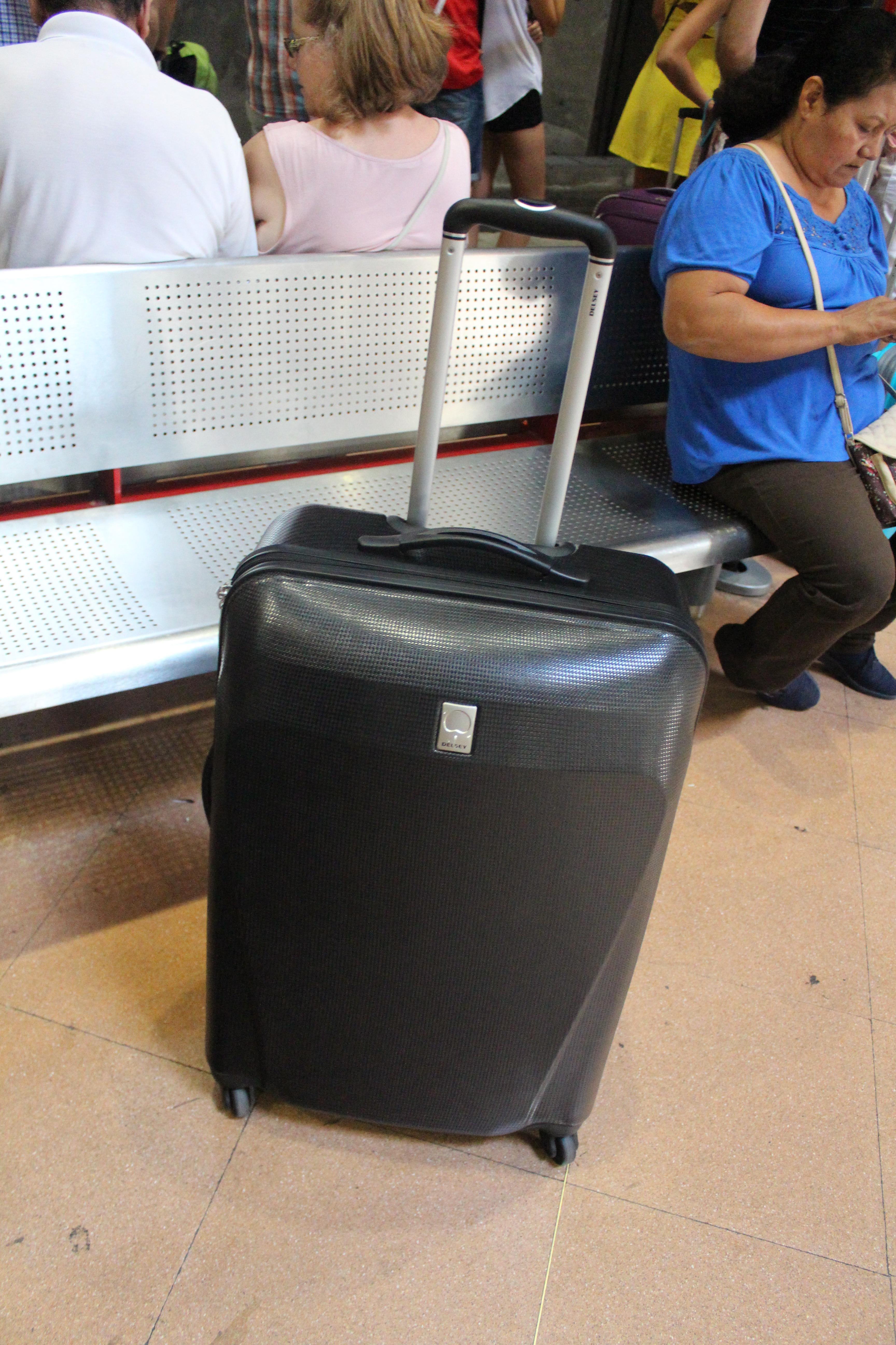 buy luggage madrid