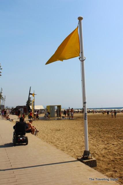 barceloneta beach yellow flag