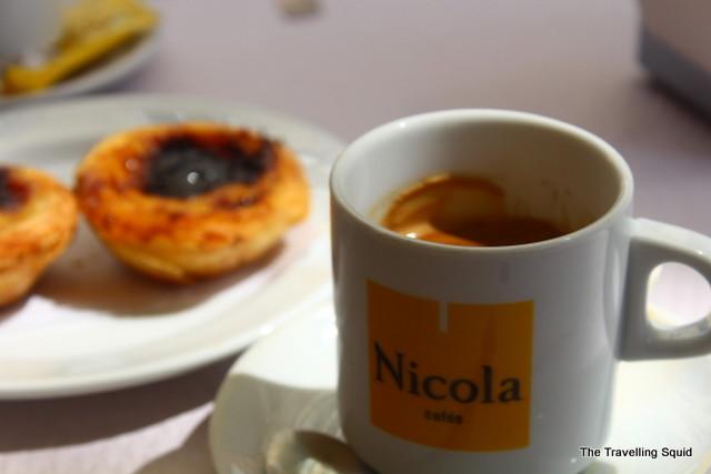 cafe latte nicola bakery lisbon