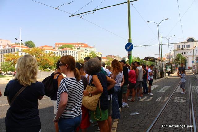 tram 28 lisbon route long wait