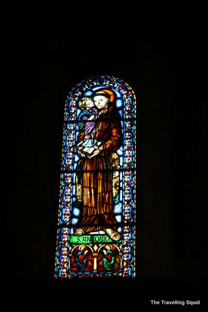 lisbon cathedral stained glass windows