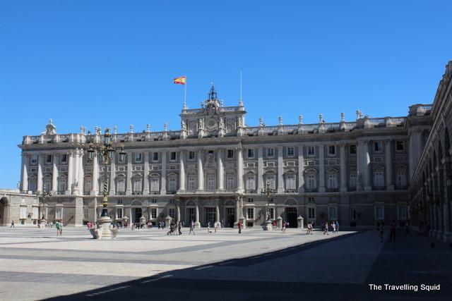 Plaza de la Armería royal palace of madrid