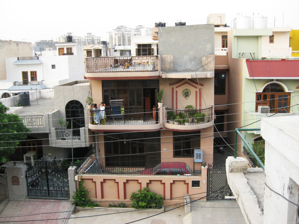 india paying guest accommodation gurgaon