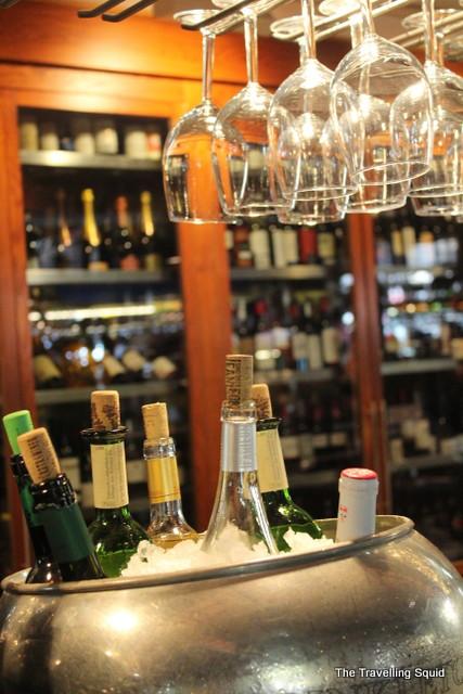 Mercado San Miguel wine