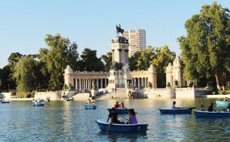 Parque del Retiro Monument to Alfonso XII