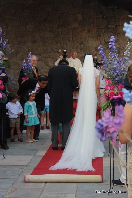 Spanish wedding aisle