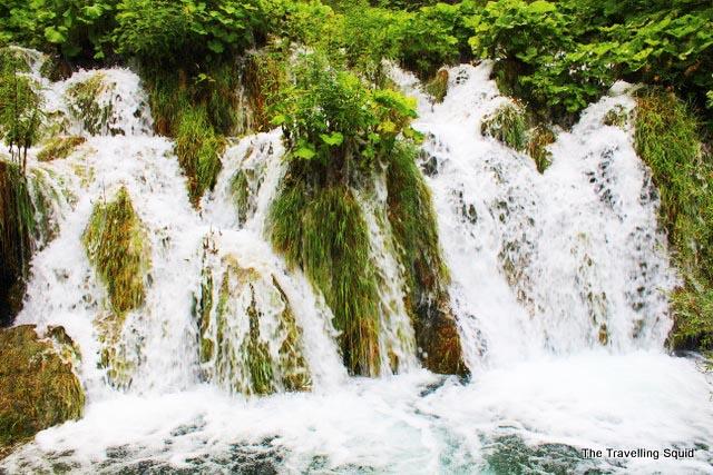 plitvice lakes cascading waterfalls