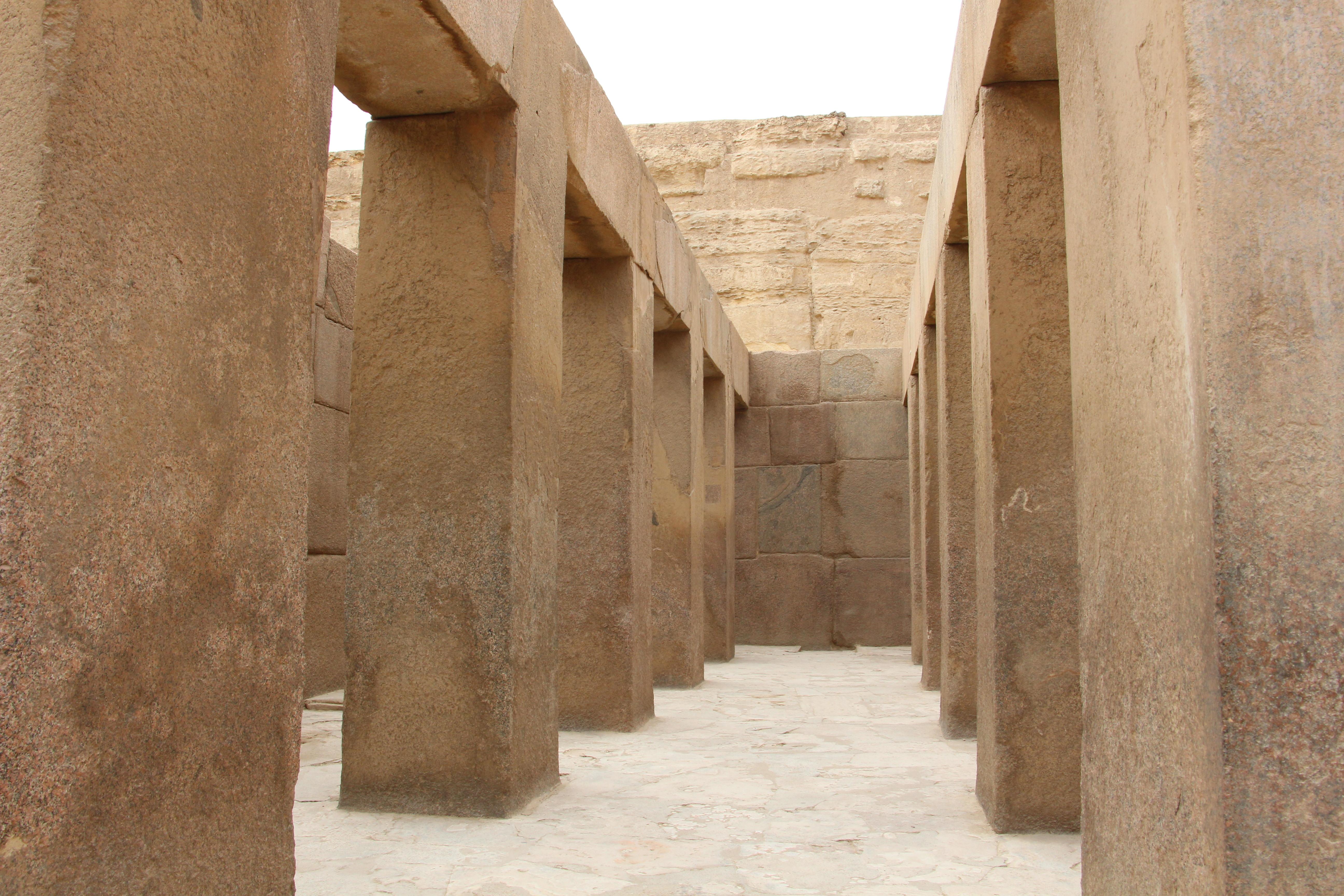pyramid complex giza sphinx