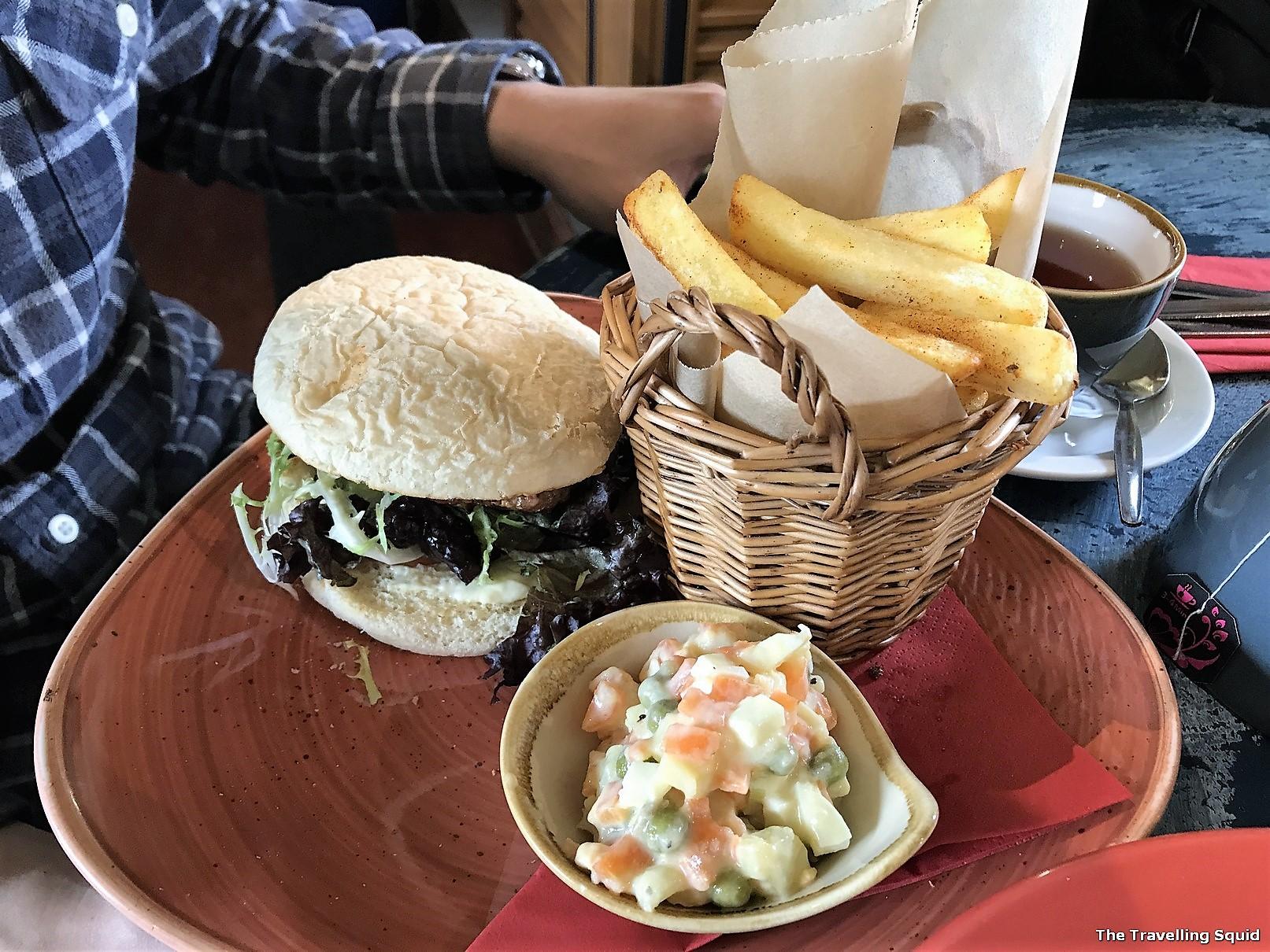 cafe arriba portree skye burger