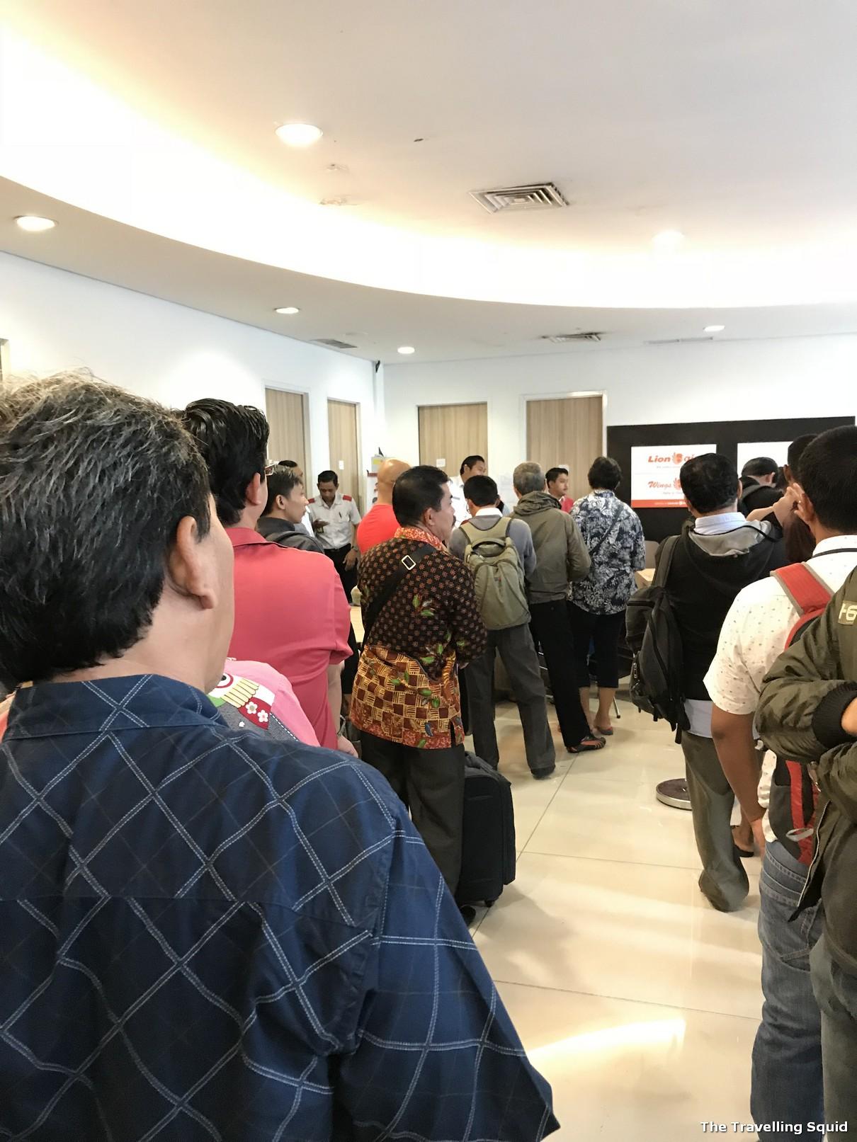 lion air bali denpensar airport closure
