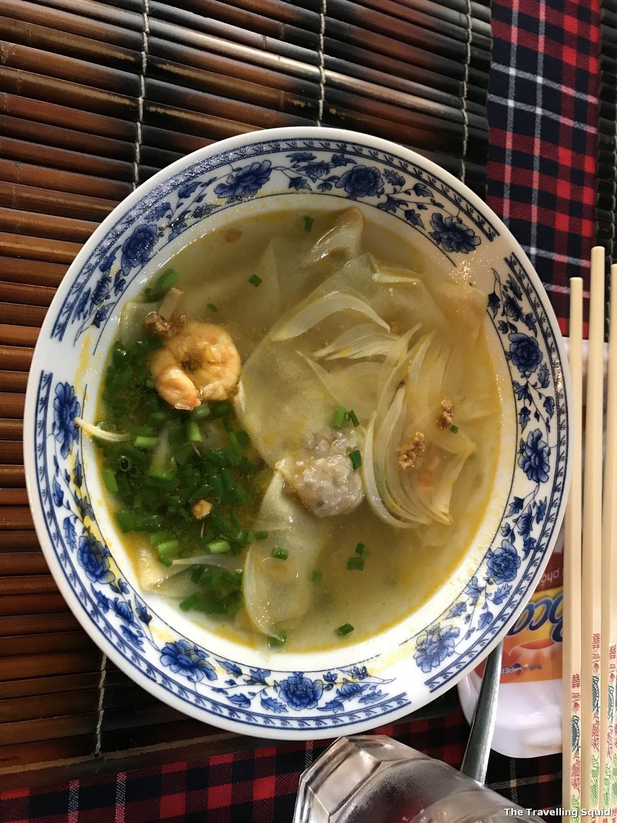 bobo cafe hoi an wanton soup