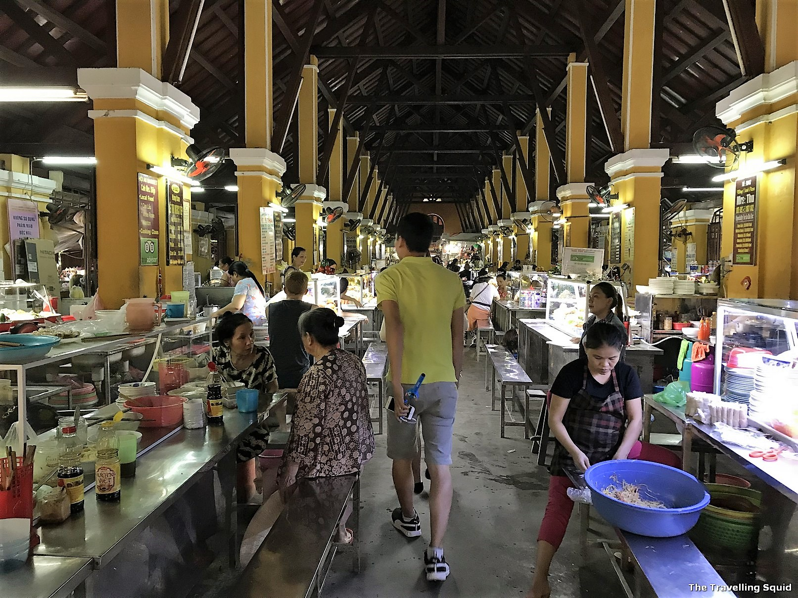 Review of the Hoi An Central Market in Vietnam