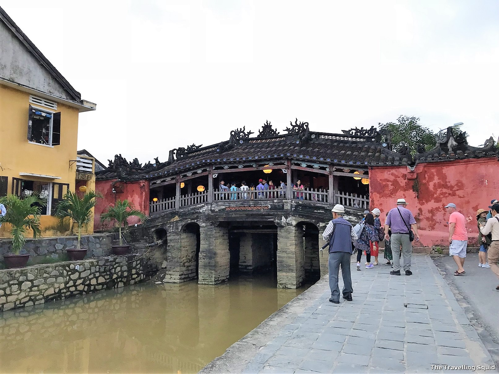 hoi an Japanese bridge world heritage site