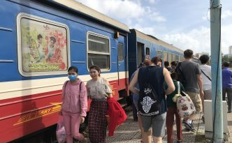 review boarding train danang to hue