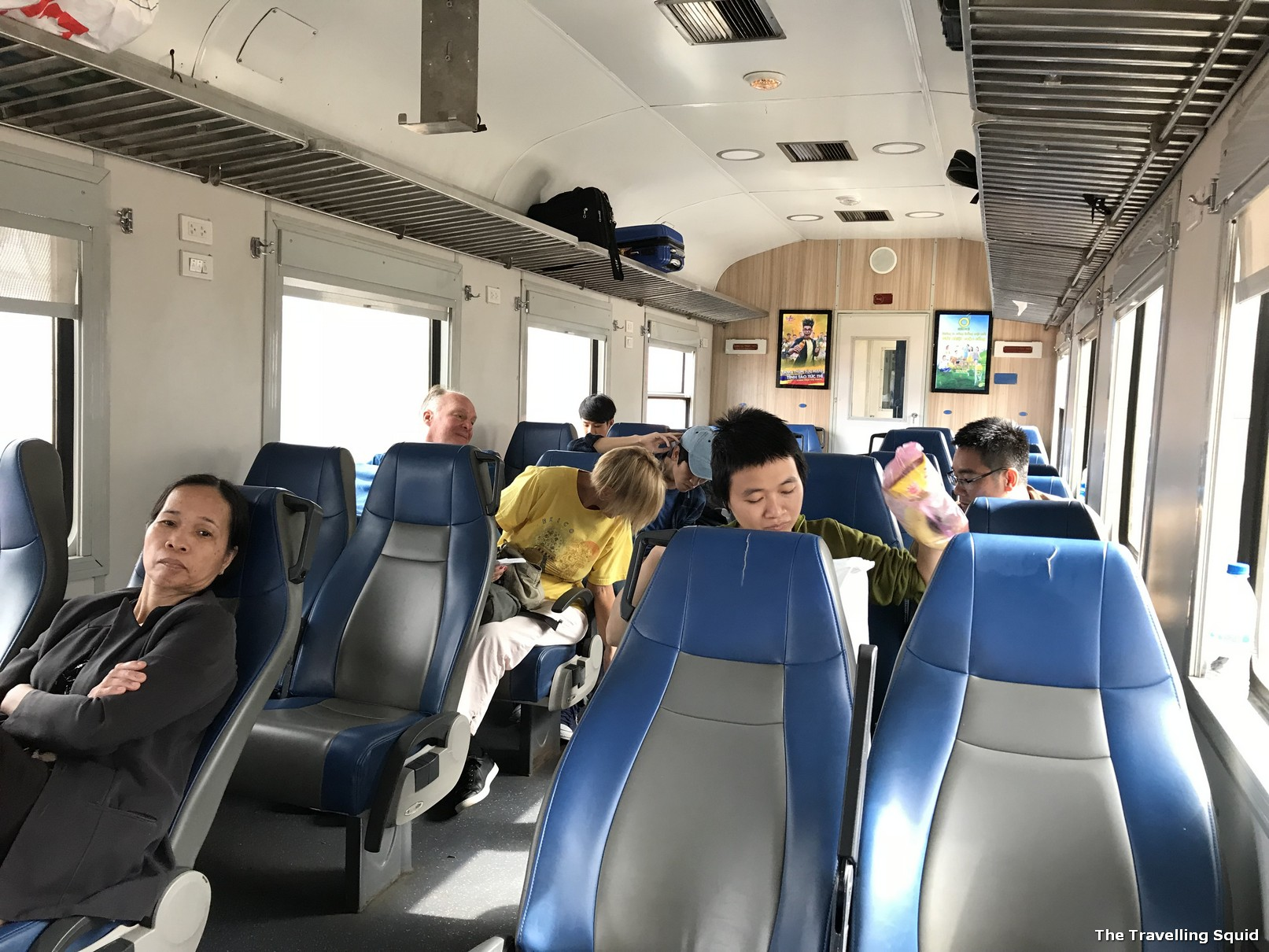 train danang to hue soft seats
