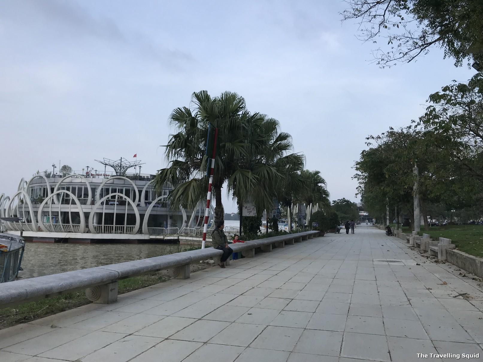 Park Perfume river truong tien bridge hue