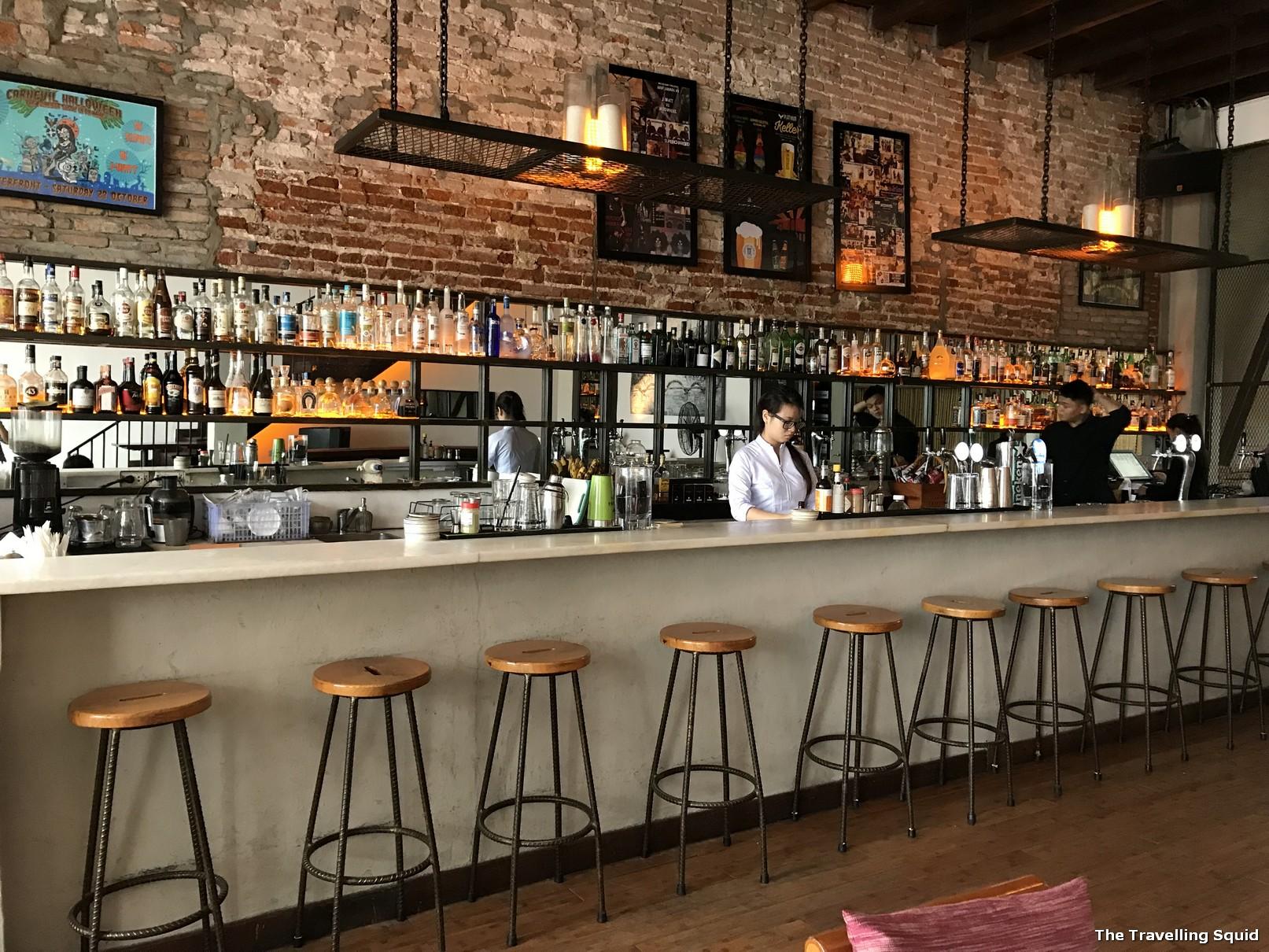 Waterfront Restaurant and Bar in Danang for good Vietnamese beer