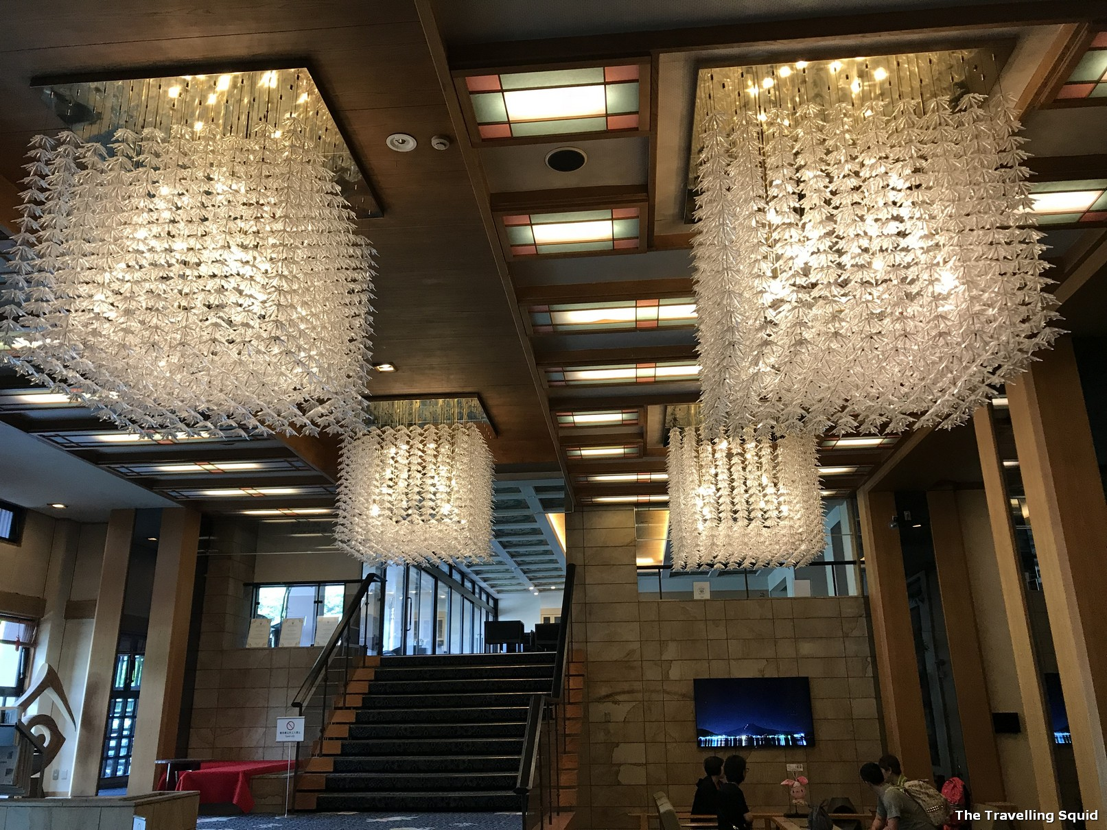 hotel konansu kawaguchiko lobby