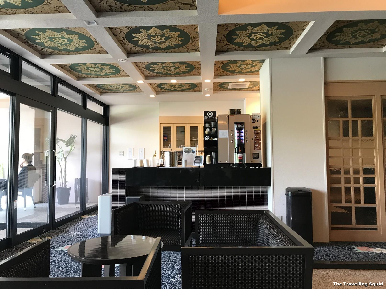 hotel konansu kawaguchiko lobby lounge