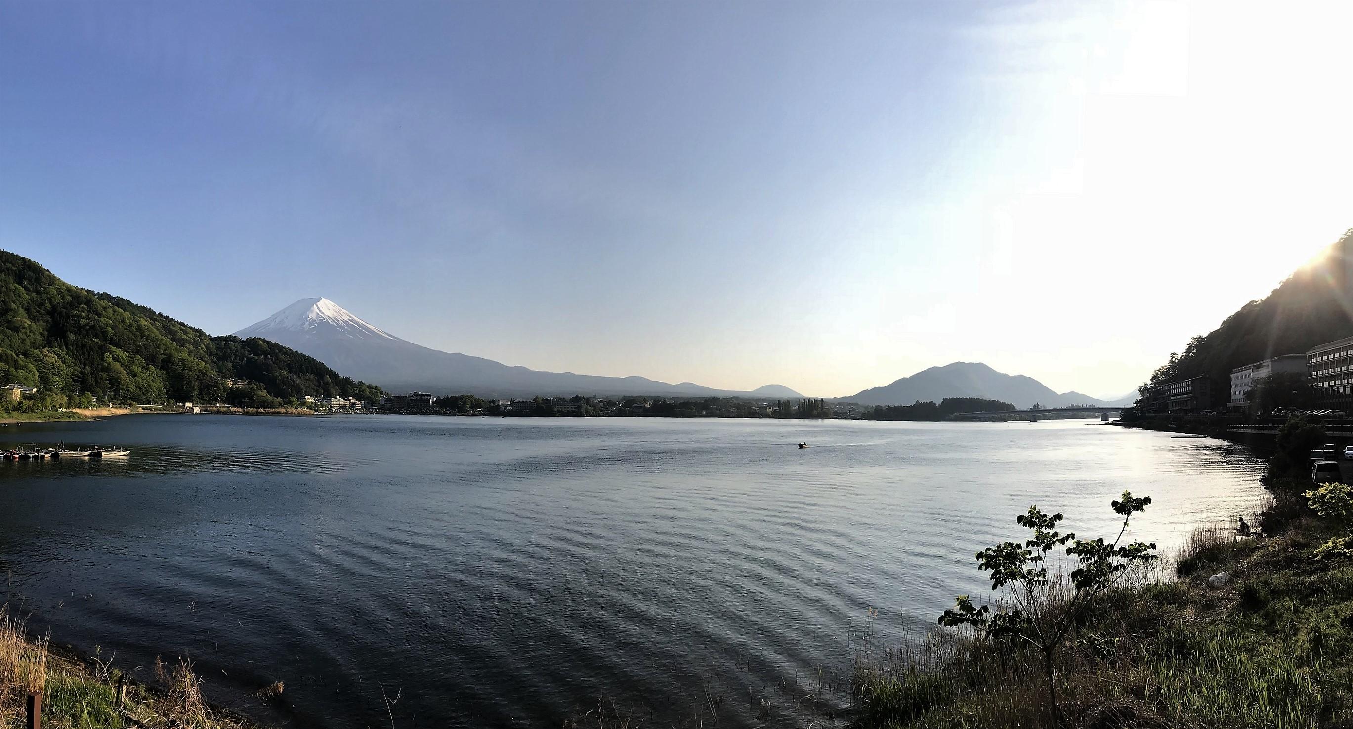 Lake Kawaguchiko mount fuji panorama