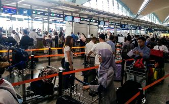 malaysia-airlines-KLIA counter