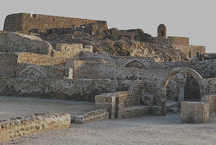 Bahrain_Fort_overview